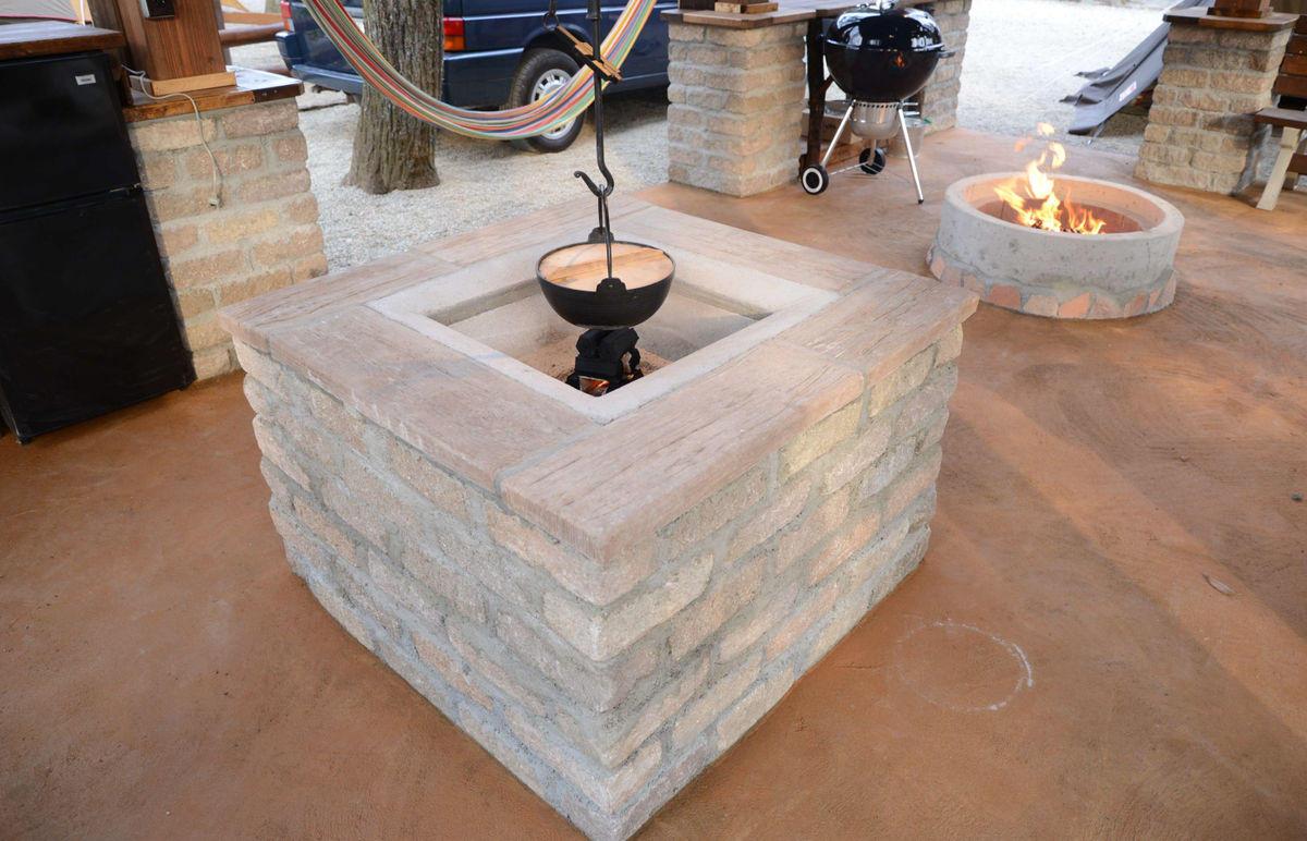 囲炉裏と焚火リング